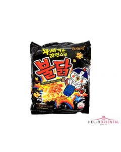 SAMYANG HOT CHICKEN RAMEN SNACK 90G